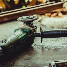 Jakich narzędzi użyć do polerowania?